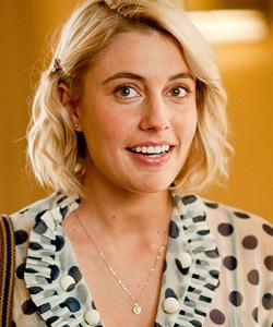 'Arthur' Star Greta Gerwig Steals the Show