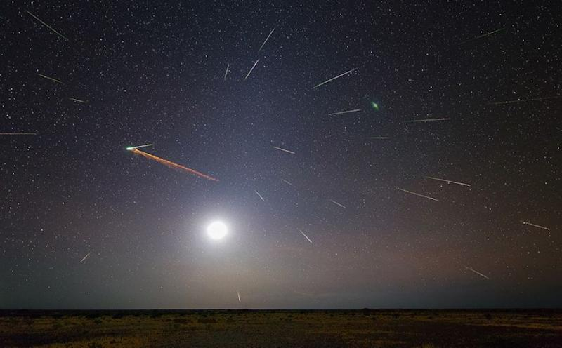 A composite image of the 2013 Eta Aquarid in Australia. Source: American Meteor Society/ Colin Legg