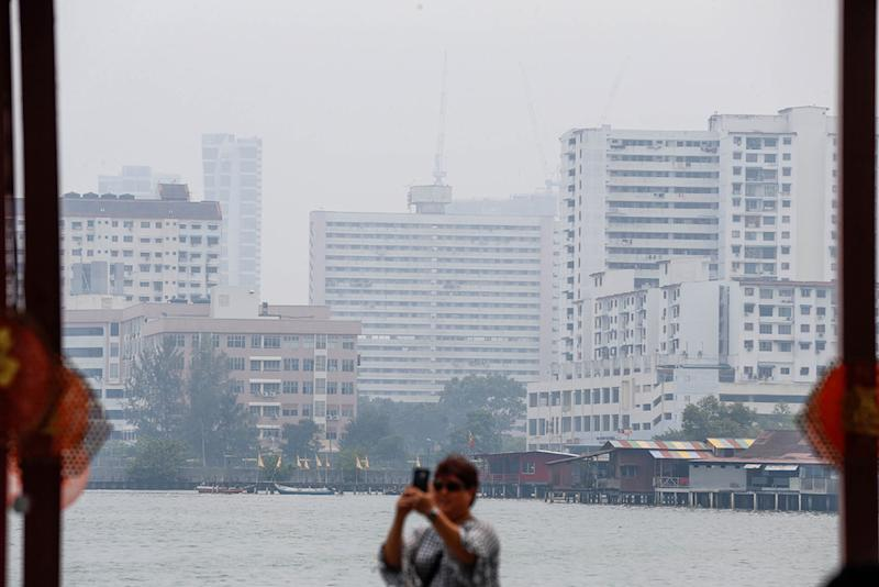 General view of a hazy George Town September 12, 2019. — Picture by Sayuti Zainudin