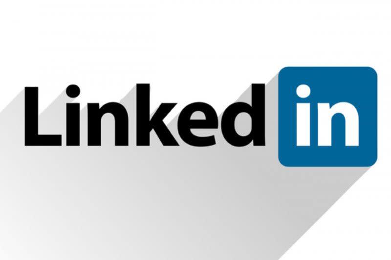 LinkedIn dituduh ambil data pengguna Apple
