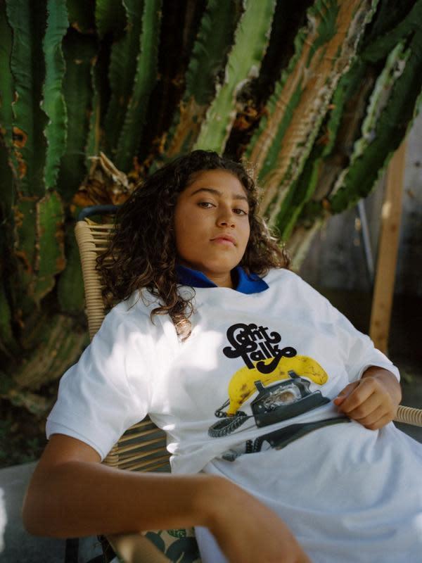 Simak koleksi T-shirt bernuansa retro dan pop dari Uniqlo (Foto; Uniqlo)