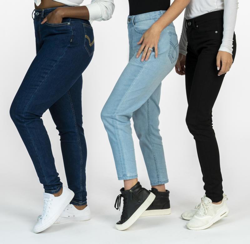 Size-Free Morii Jeans (Photo via Gilles Thibault)