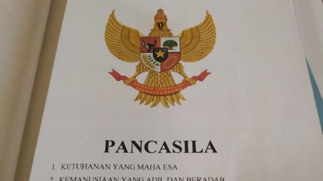 Sebuah organisasi di Garut mengubah lambang Garuda Pancasila
