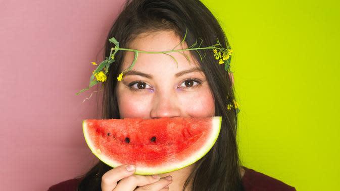 ilustrasi buah semangka/Photo by Hana Lopez on Unsplash