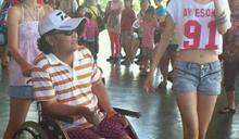 66歲沈文程膝蓋磨損嚴重⋯西醫都治不好 吐人生最大心願:別只坐在輪椅上