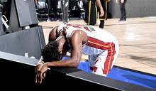 NBA/只休49秒!巴特勒賽後累趴