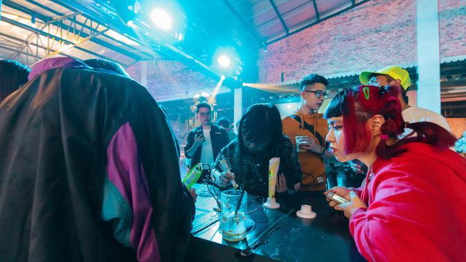 Aktivitas tea leaves reading di PUMA Spring Summer 2020 Preview Party. Sumber foto: Document/PUMA.