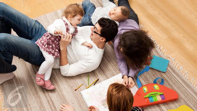 Ilustrasi Foto Keluarga (iStockphoto)