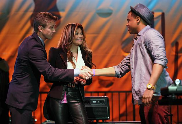 La Toya Jackson Pays a Visit to '90210' [Exclusive Photo]