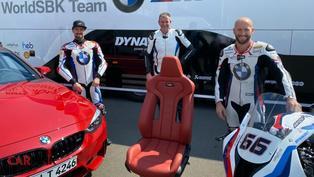 身為BMW WSBK的車手,在休息室擁有一張M4 Competition座椅也是很合理的一件事