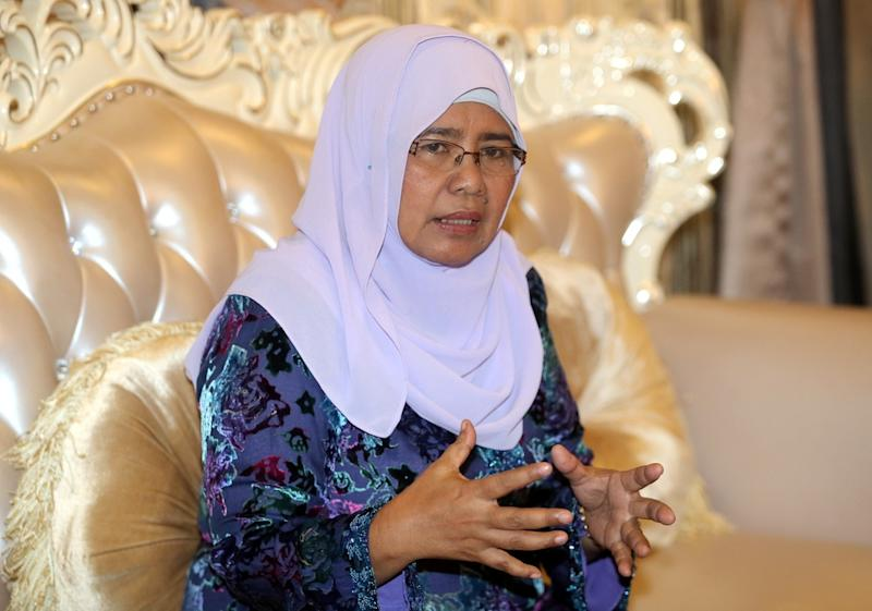 Former Parti Pribumi Bersatu Malaysia (PPBM) vice-president Datuk Hamidah Osman at a press conference held at her Batu Gajah home August 20, 2018. — Picture by Farhan Najib