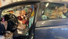 根本是垃圾車!麥當勞飲料杯緊貼車窗 唯一空間只剩駕駛座