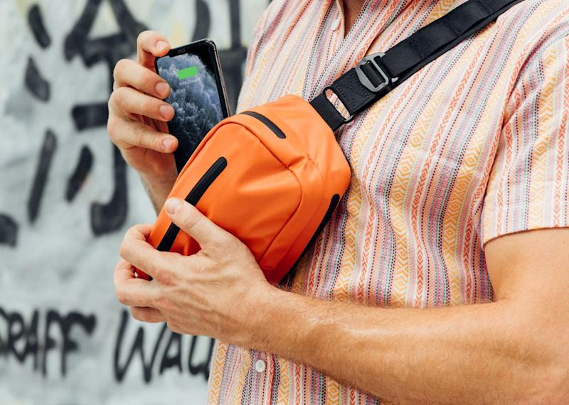 Charge your smartphone while carrying it around at the same time. (Photo: Ampere)