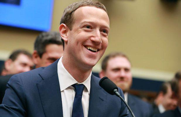 Zuckerberg Defends Facebook Decision to Leave Trump 'Shooting' Post Alone
