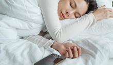 美國心臟協會:良好睡眠品質降低 42% 心衰竭!4 種方式讓你睡更好