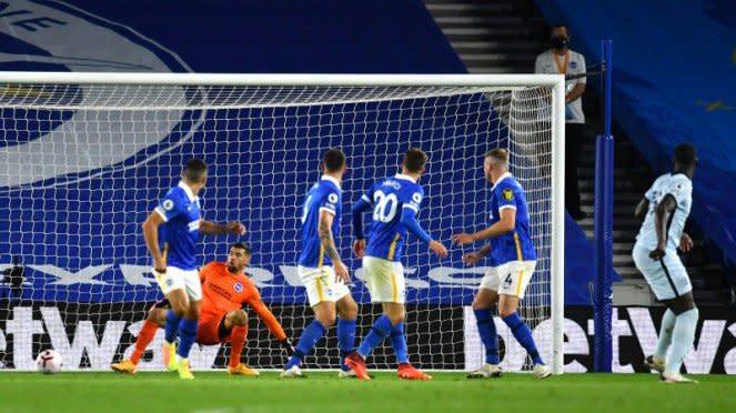 Gol bek Chelsea, Kurt Zouma, ke gawang Brighton and Hove Albion