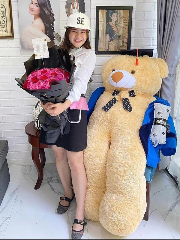 Momen Bahagia Felicya Angelista Sidang Skripsi, Sempat Gugup. (Sumber: Instagram/felicyangelista_)