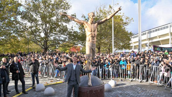 Patung Zlatan Ibrahimovic di kota Malmo. (AFP/Johan Nilsson)