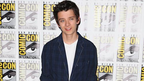 Asa Butterfield Planning to Blackmail Clive Owen in 'King of the Kastle'