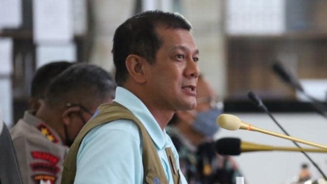 Ketua Satuan Tugas Penanganan COVID-19 Doni Monardo menekankan tidak ada sejengkal tanah di wilayah yang telah berstatus pandemi COVID-19 itu aman saat rapat koordinasi di Medan, Sumatera Utara, Jumat (25/9/2020). (Badan Nasional Penanggulangan Bencana/BNPB)