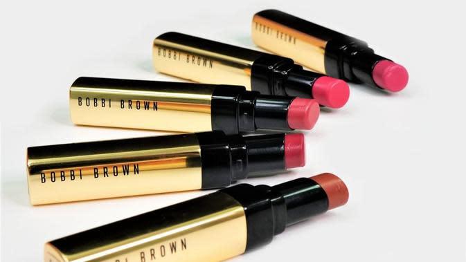 Luxe Shine Intense Lipstick dari Bobbi Brown menawarkan hasil akhir yang berkilau dan tampak sehat. (Foto: Bobbi Brown)