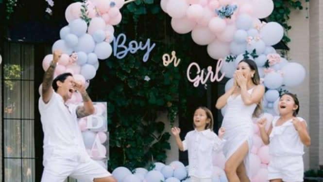 Sang Istri Hamil 4 Bulan, Anak Irfan Bachdim Laki-laki atau Perempuan?