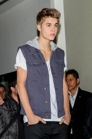 Justin Bieber Turns Into A Brit For Radio Interview