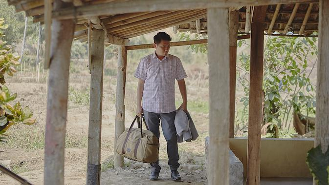 Salah satu adegan film Guru-guru Gokil. (Foto: BASE Entertainment)