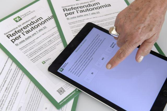 Smartphone voting stirs interest -- and security fears
