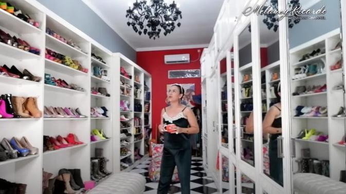 Walk In Closet Melaney Ricardo. foto: Youtube @Melaney Ricardo Official/(Brigitta Bellion