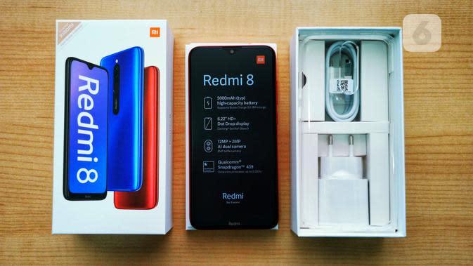 Redmi 8 - Boks dan Kelengkapan (1). Liputan6.com/Mochamad Wahyu Hidayat