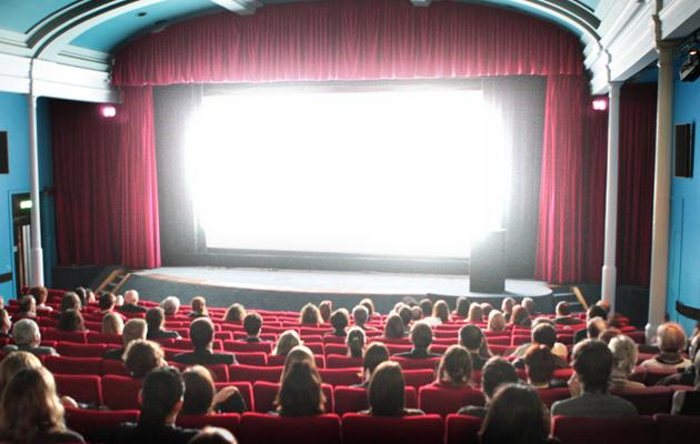 What is 4D and 5D cinema?