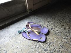 修了再補的拖鞋,是阿公的寶