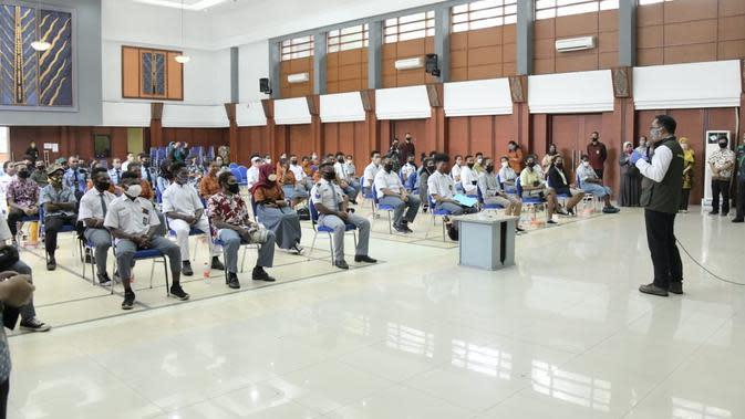 Sebelum Pulang Kampung, 90 Pelajar Papua di Jabar Jalani Swab Test