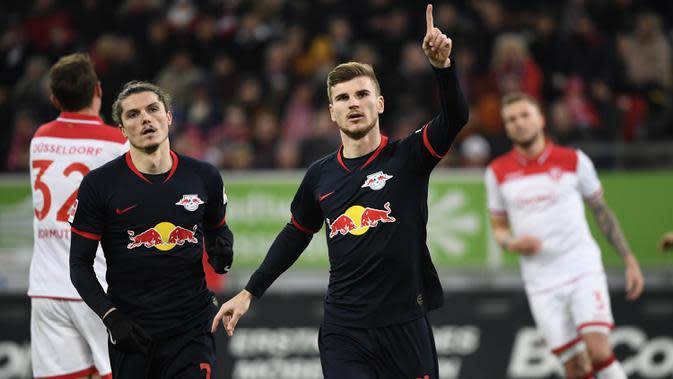 Striker andal Leipzig, Timo Werner, telah menorehkan 24 gol dan Marcel Sabitzer 9 gol. Keduanya menjadi duet penyerang yang produktif mencetak gol untuk Leipzig. (AFP/Ina Fassbender)
