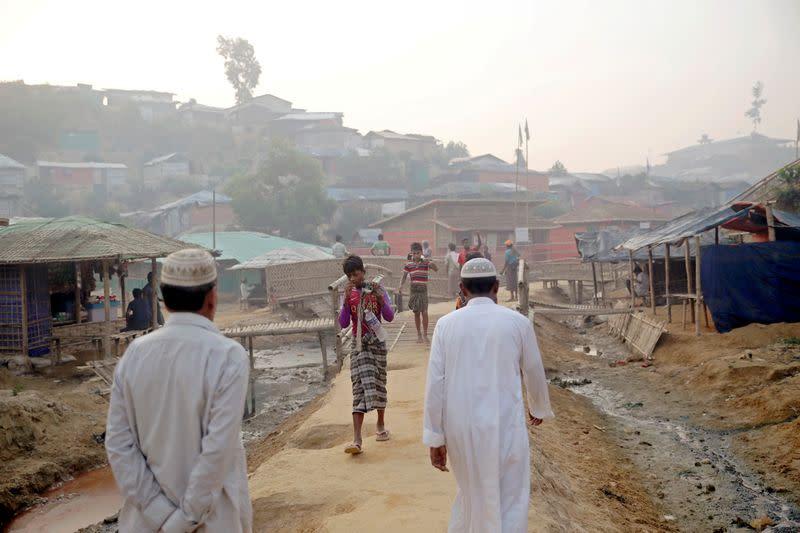Bangladesh says coronavirus detected in Rohingya refugee camp - official