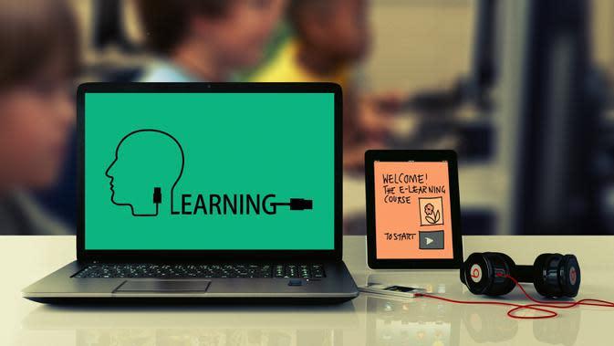 Bupati Banyuwangi Minta Guru Berinovasi dalam Pembelajaran Daring
