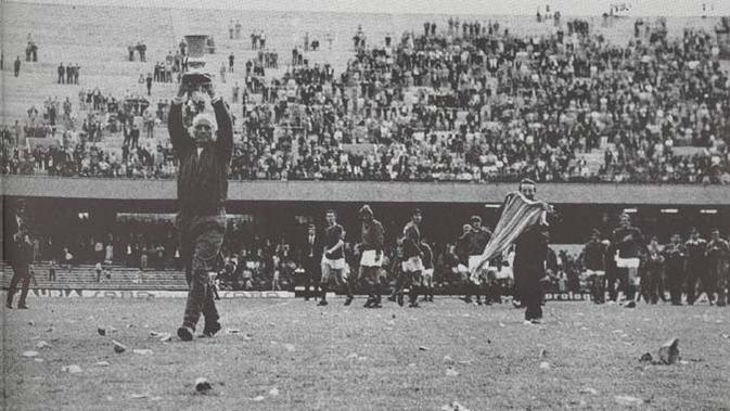 Swindon Town juara final Anglo-Italian Cup 1970 pada final . (Twitter)