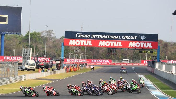 Dorna resmi menunjuk Sirkuit Buriram Thailand untuk menggelar tes pramusim MotoGP 2018 yang akan digelar pada 16-18 Februari. (dok. Speedweek)