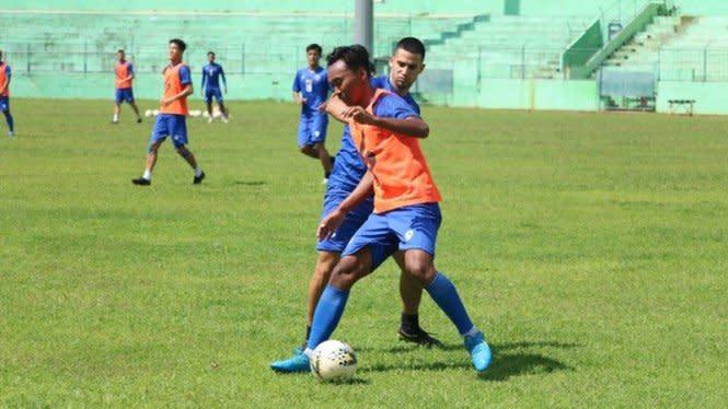 Arema FC Harap-harap Cemas Tunggu Hasil Swab COVID-19