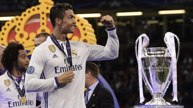 4. Menjuarai Liga Champions bersama dua klub berbeda, yakni bersama Manchester United sebanyak satu kali dan bersama Real Madrid sebanyak tiga kali. (AFP/Javier Soriano)