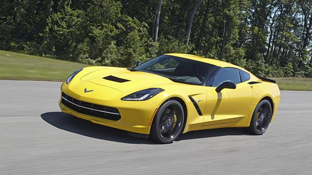 2014 Chevy Corvette Stingray hits 60 mph in 3.8 seconds, hunts supercars