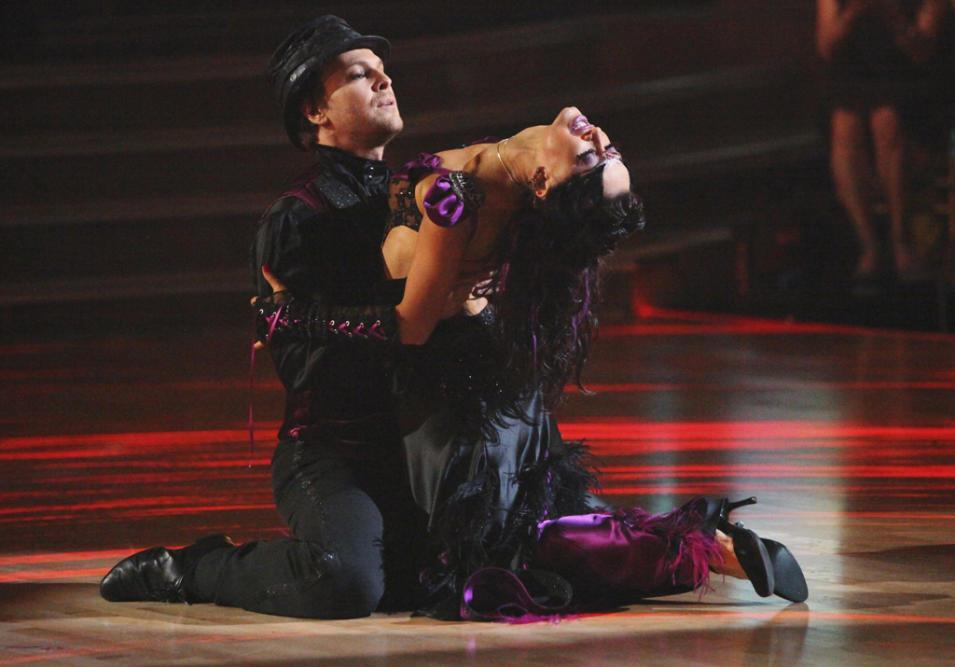 Gavin DeGraw and Karina Smirnoff (4/09/12)