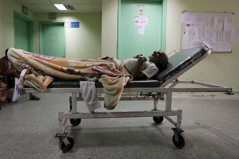 'We do our best': fuel shortages make Yemen doctors' lives even harder