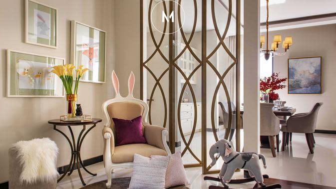 Desain interior modern klasik dengan furnitur kekinian, karya Michael Lauw Studio. (dok. Arsitag.com)