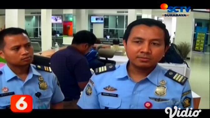 VIDEO: 72 WNA Asal China Dapat Perpanjangan Izin Tinggal Darurat di Surabaya