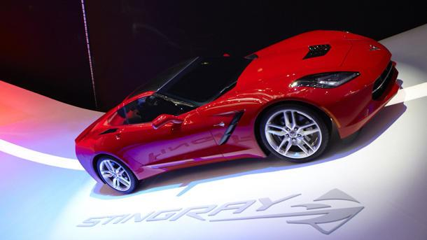 "From ""home run"" to ""Aztek styling,"" new Corvette Stingray draws fast reaction"