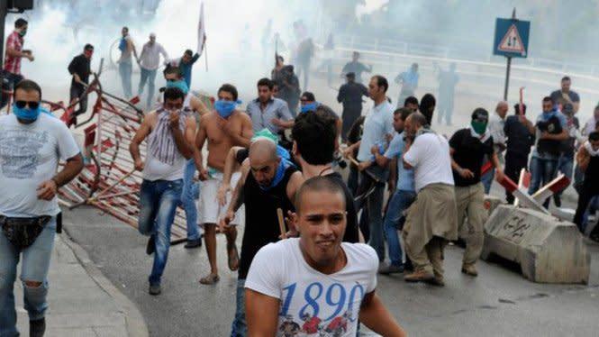 Demonstrasi 'Meledak' di Lebanon, 1 Polisi Tewas