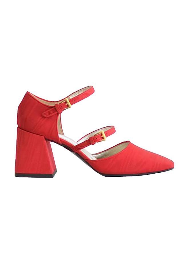 "<p><strong>Suzanne Rae</strong></p><p>garmentory.com</p><p><strong>$535.00</strong></p><p><a href=""https://go.redirectingat.com?id=74968X1596630&url=https%3A%2F%2Fwww.garmentory.com%2Fsale%2Fsuzanne-rae%2Fwomen-heels%2F763945-suzanne-rae-double-strap-mary-jane-red%3Fgclid%3DCjwKCAjw34n5BRA9EiwA2u9k33vJJRw_DU_NidHzw_ymtz5JQ3ehHrD84ioMZEuJsBfihaXwTndWuxoC2cwQAvD_BwE&sref=https%3A%2F%2Fwww.elle.com%2Ffashion%2Faccessories%2Fg30783601%2Ffall-shoe-trends-2020%2F"" target=""_blank"">Shop Now</a></p><p>Socially and environmentally-conscious designer Suzanne Rae updates the classic with a double strap and a sturdy block heel.</p>"