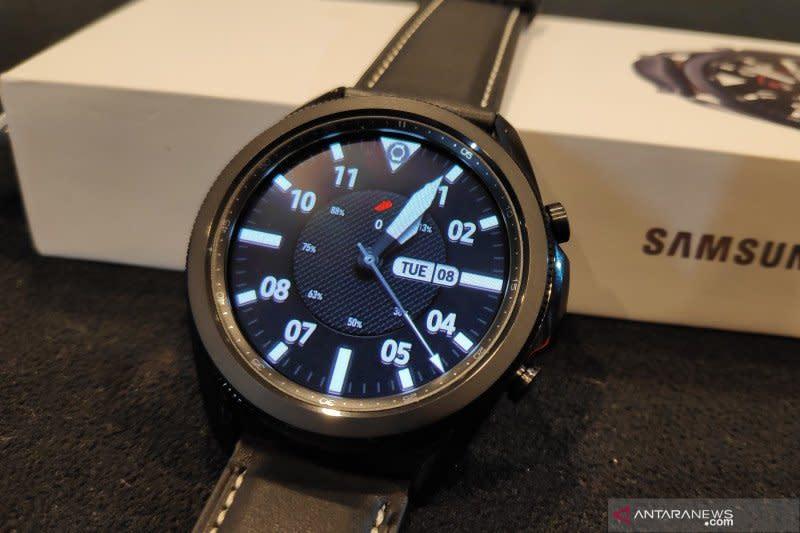 "Samsung: ""smartwatch"" diminati sejak pandemi"
